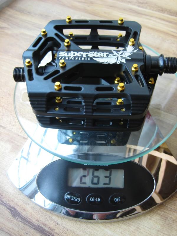 Superstar Ultra Mag Pedals Titanium Axle Weight