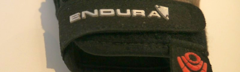 Endura Full Monty MTB Glove Banner