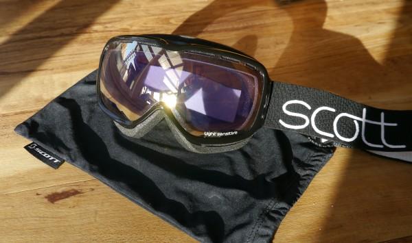 Scott Aura Light Sensitive goggles black