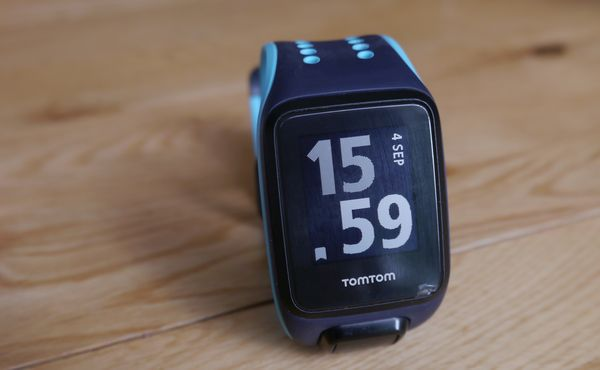 tomtom runner 2 cardio spark display
